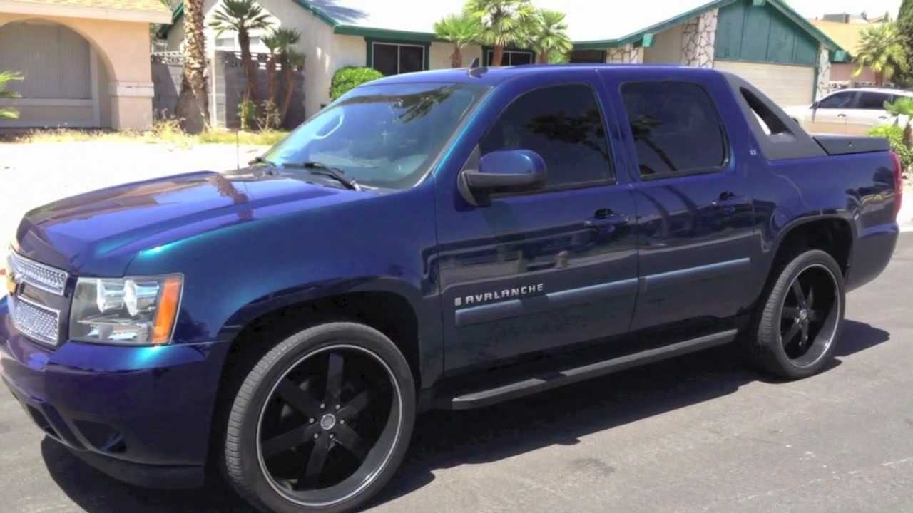2012 chevy avalanche ltz owners manual